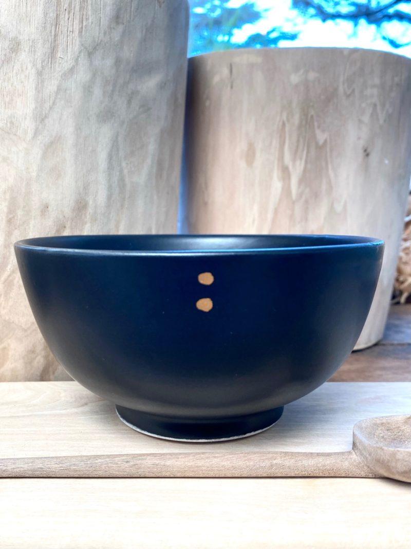 Boite-some-bol-noir-maroc-marrakech-artisanat-céramique-blanche-bleu-expresso-rangement-pot-vase-boite-thé-choufchouf-fait à la main-table-décoration